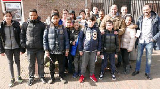 Weten jullie waarom wij in Amsterdam geen tramlijn 8 hebben?